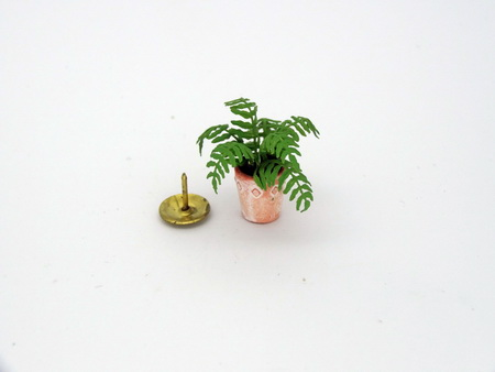 Dainty 12th scale Dollshouse Miniature Potted Fern